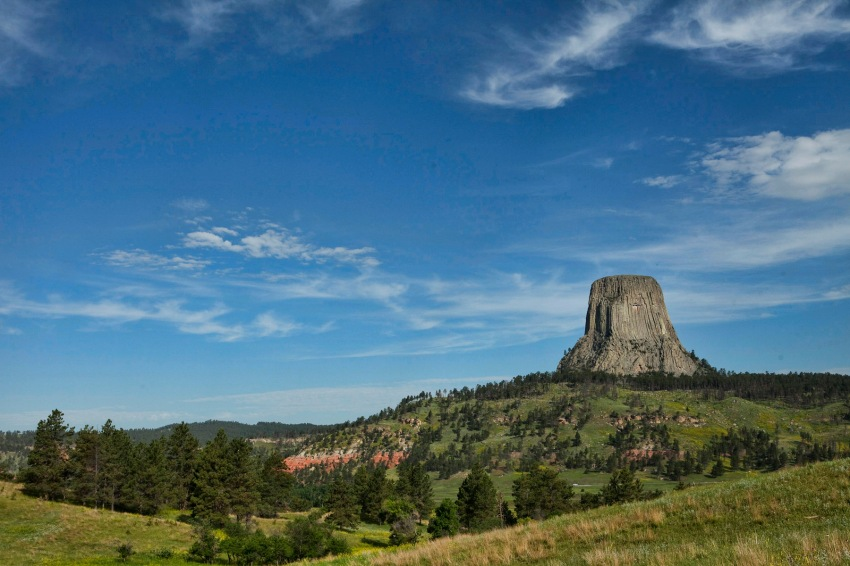Todd Skinner climbed Devils Tower in 18 minutes, without aid or protection.