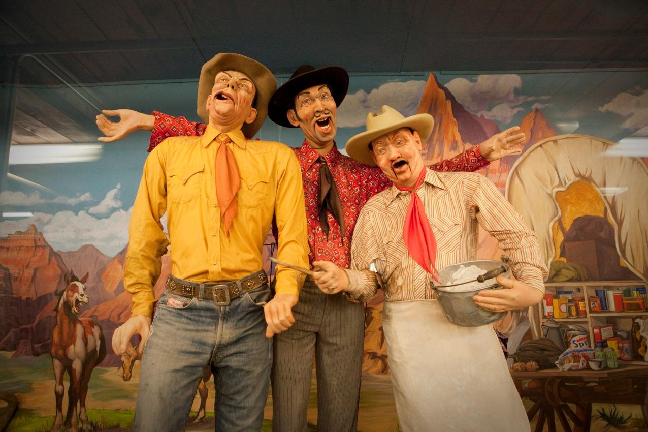 Wall Drug Singing Cowboys